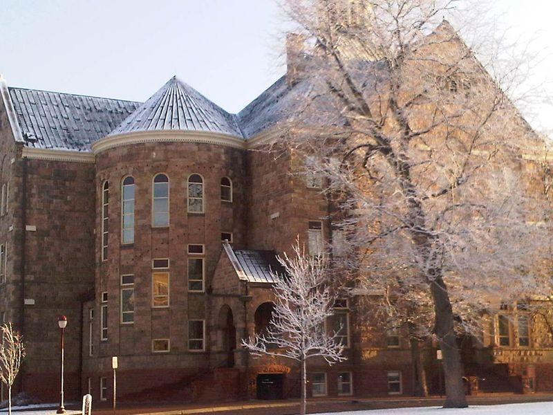 U-Hall Snow