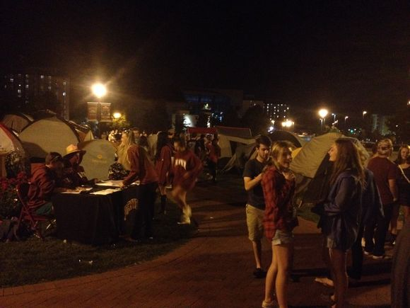 DU Hockey Campout
