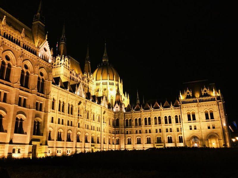 Hungarianparliament